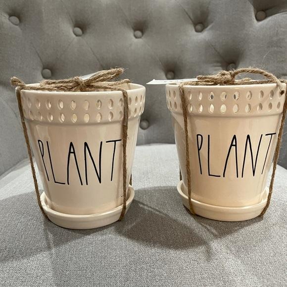 Rae Dunn 2 Plant Pots